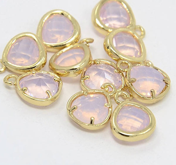 2pcs, 11x8.5x4mm Real Gold Plated Brass Glass Pendants, Faceted Triangle Charms, Lavender Blush