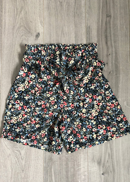 HIGH WAISTED DITSY FLORAL SHORTS