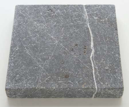 PIETRA GREY TUMBLED MARBLE PAVER