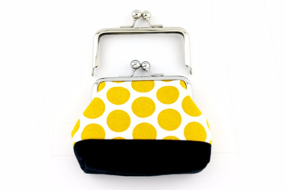 coin purse pattern free, glue in purse frame, how to make a bag with metal clasp, coin purse frame