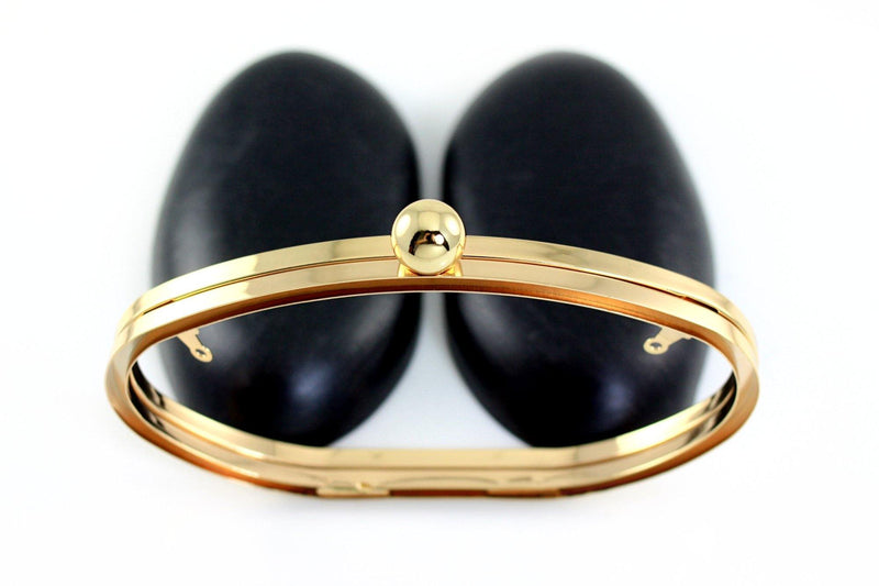 6.5 x 3 3/4 inch - Single Ball - Gold Egg Shape Clamshell Clutch Frame | SUPPLY4BAG