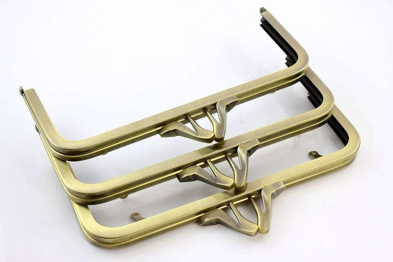 8 x 3.5 inch - High-Heeled Shoes - Antique Brass Metal Clutch Frame with Chain Loops | SUPPLY4BAG