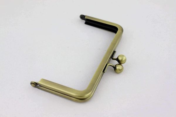 6 x 3 inch - Ball Closure - Antique Brass Metal Purse Frame | SUPPLY4BAG