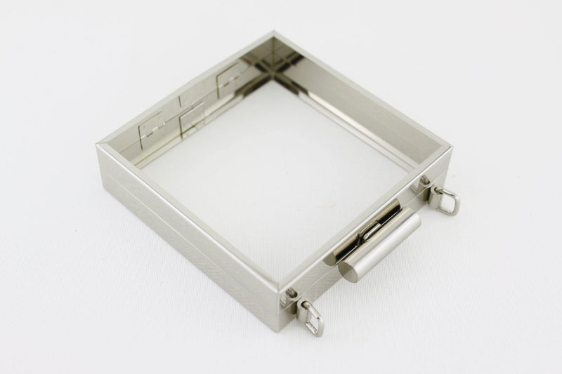 5.5 x 5.5 inch - Cylindrical Closure - Brushed Silver Square Clutch Frame with Chain Rings on Top | SUPPLY4BAG