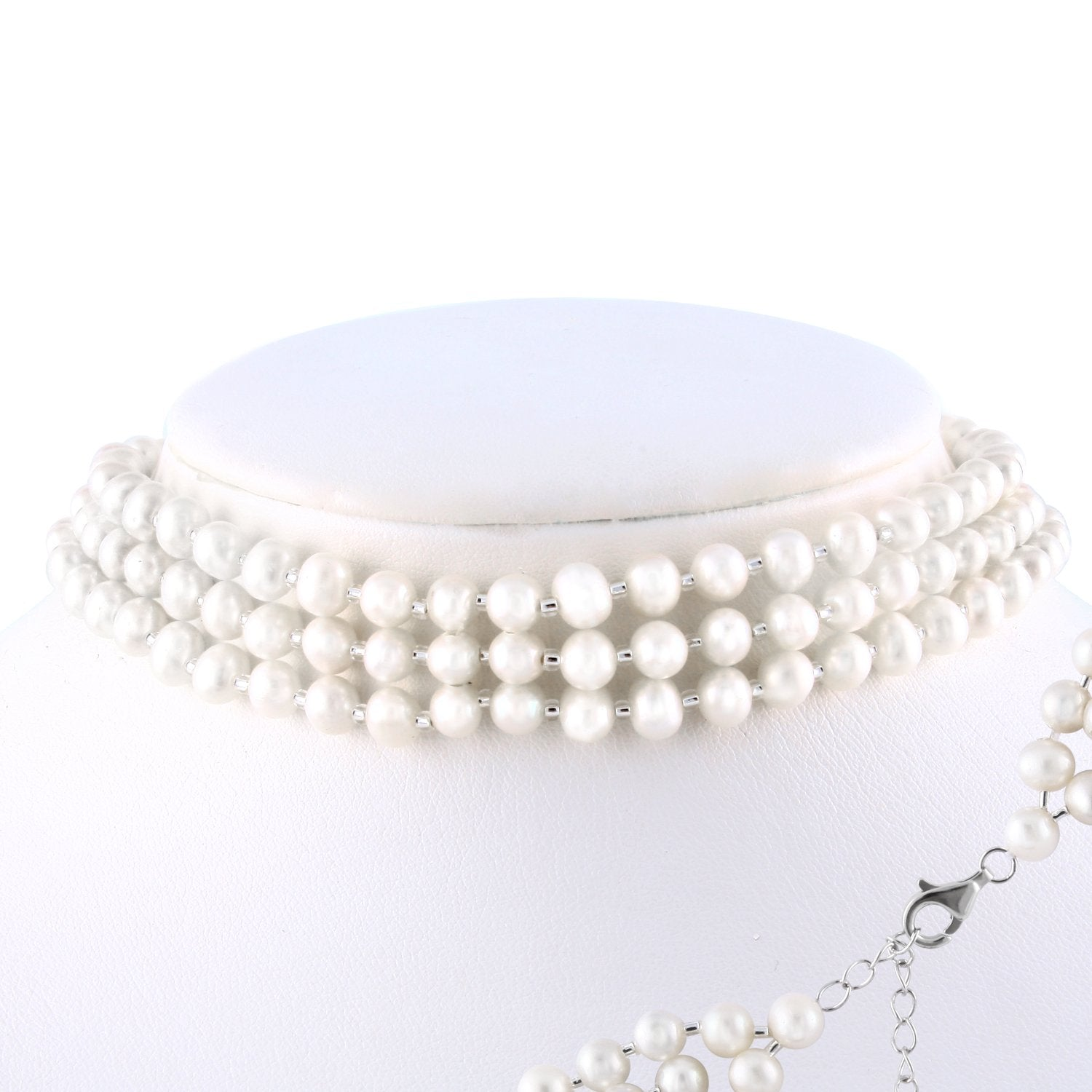 Magnificent Choker Pearl Necklace