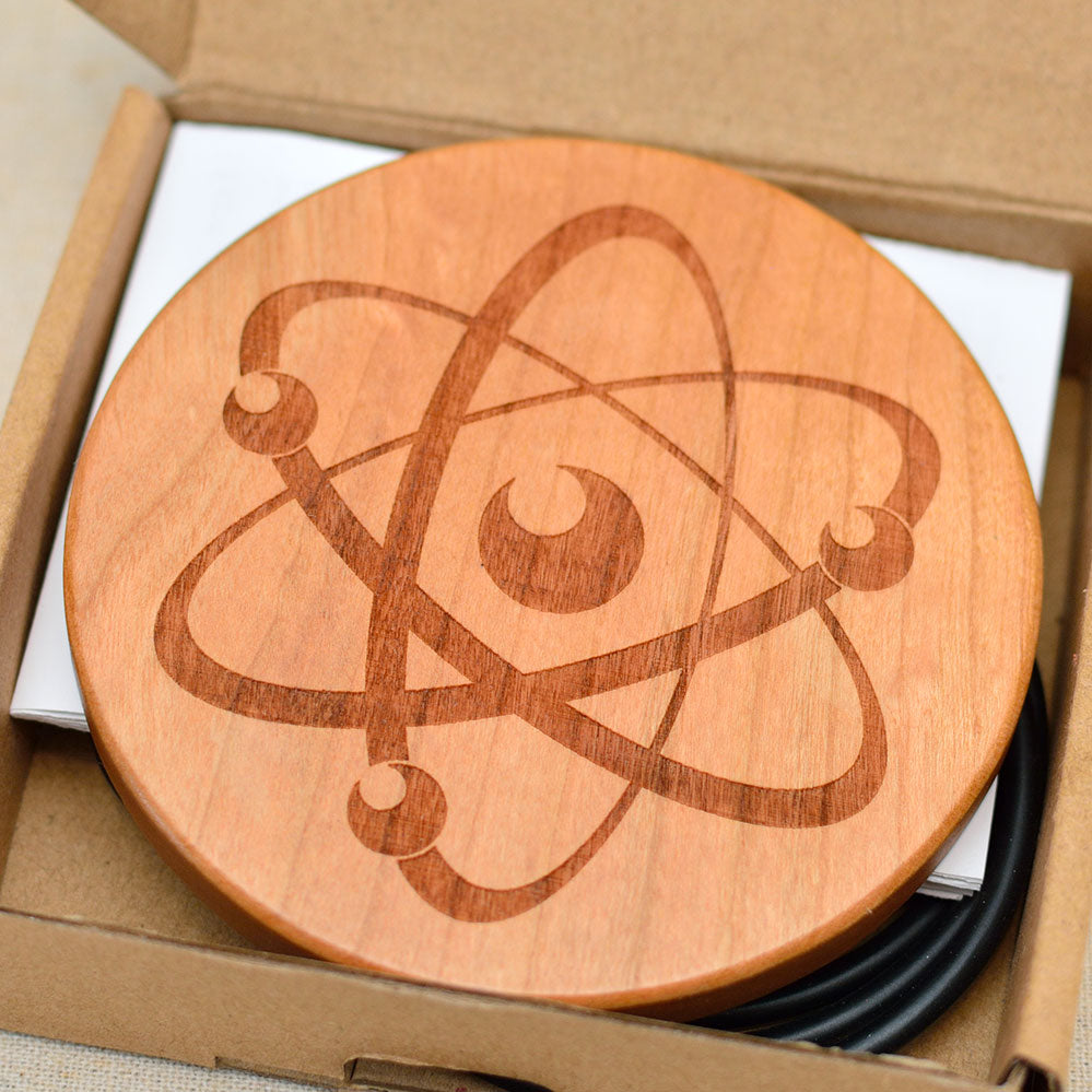 ATOM Wood Wireless Phone Charger 10W QI Charging Pad Custom Engraved