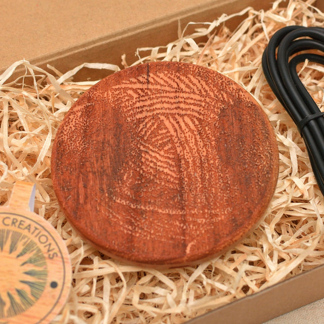 CLEW  Wood Wireless QI Charging Pad