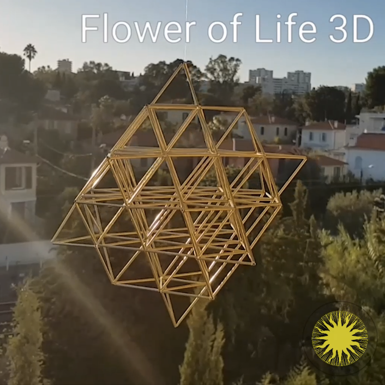 Fine FLOWER OF LIFE 3D by Nassim Haramein, Himmeli Hanging Polished Brass Mobile Home Decor - litha-creations-france