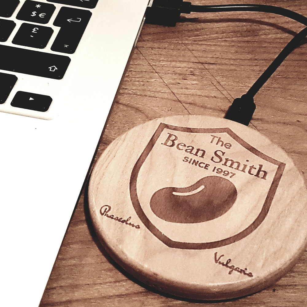 Personalized Your TEXT IMAGE or LOGO Wood Wireless Phone Charger 10W QI Charging Pad Custom Engraved - litha-creations-france