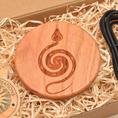 POLAR SNAKE Wood Wireless Phone Charger 10W QI Charging Pad Custom Engraved - litha-creations-france