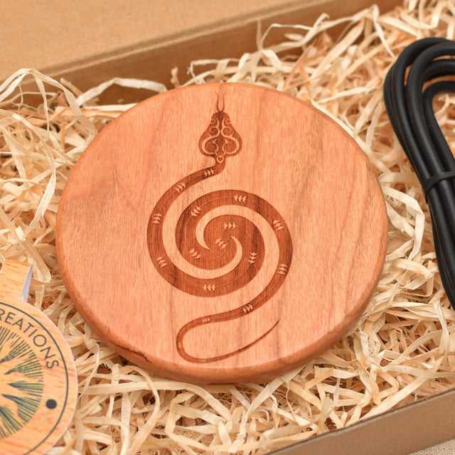 Wood QI Charger Wireless Charging Pad Custom Design POLAR SNAKE Engraved Cherry Wood