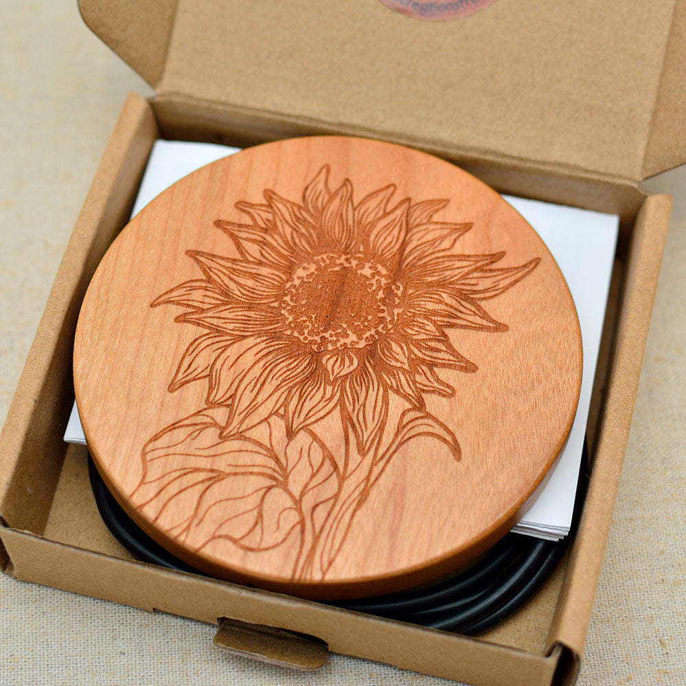 SUNFLOWER Wood Wireless Phone Charger 10W QI Charging Pad Custom Engraved