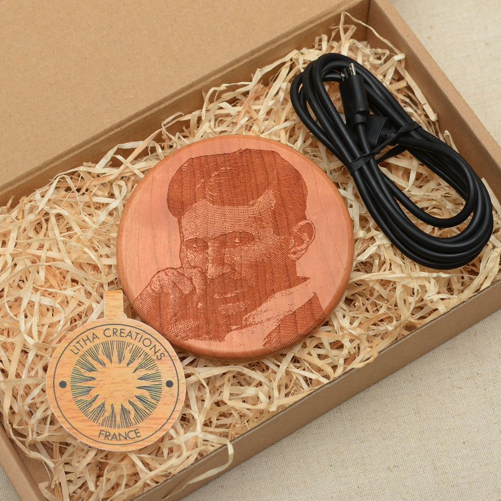 TESLA Wood Gift Wireless Phone Charger 10W QI Charging Pad Custom Engraved