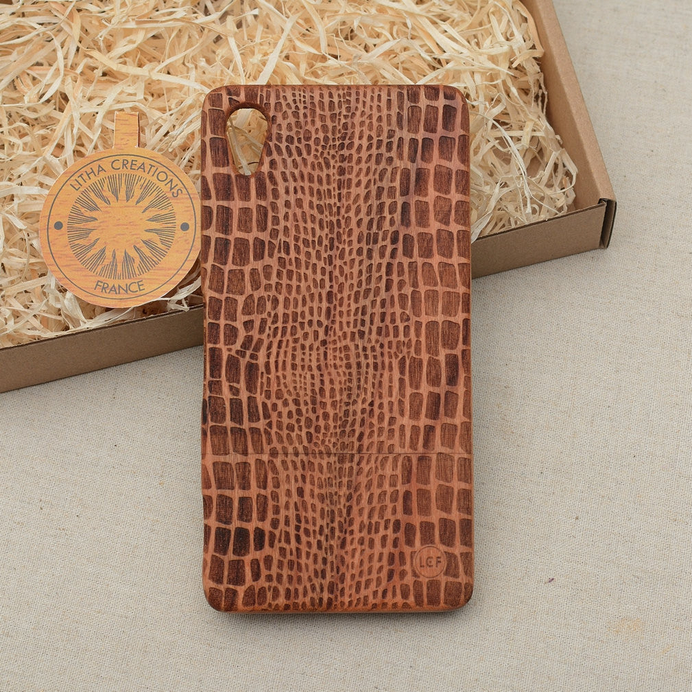 Nature / Animal Custom Design CROCO Natural Wood Phone Case