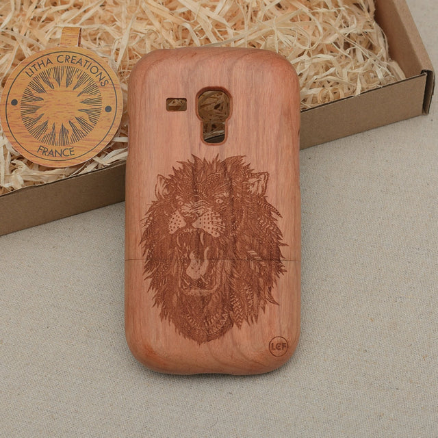 Psychedelic Style Animal Custom Design LION POWER Natural Wood Phone Case