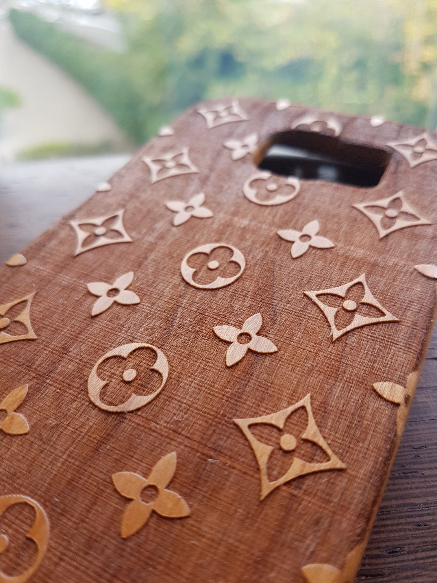 Geometric Fashion LOUIS DARK Wood Phone Case