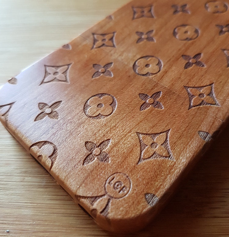 Geometric Fashion LOUIS LIGHT Wood Phone Case