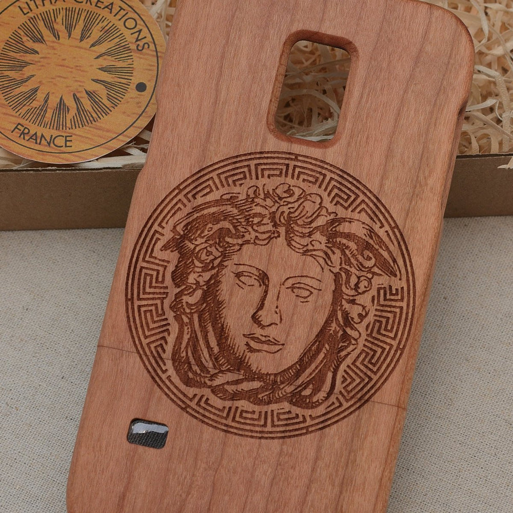 Antique Style MEDUSA HEAD Wood Phone Case - litha-creations-france