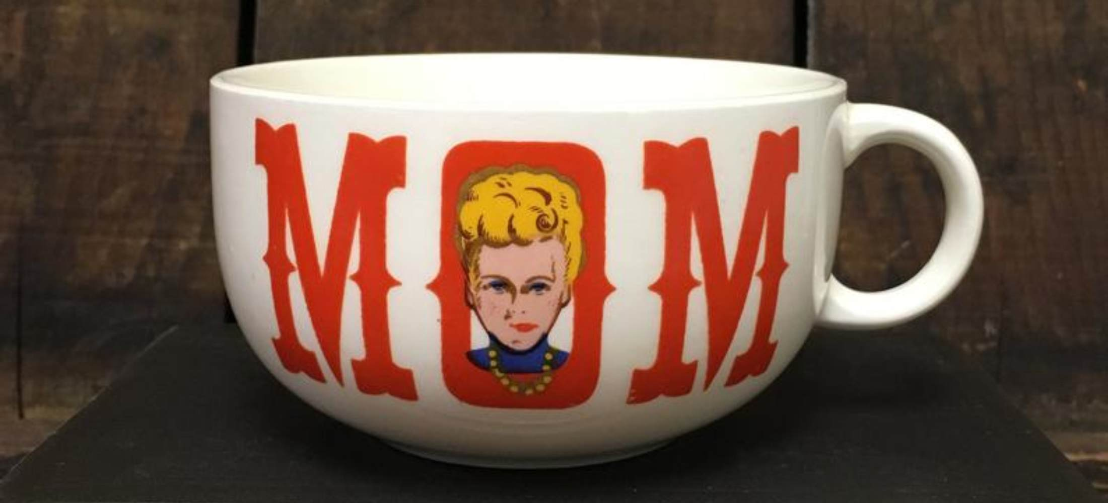7 Amazing Vintage Mother's Day Mugs From Etsy
