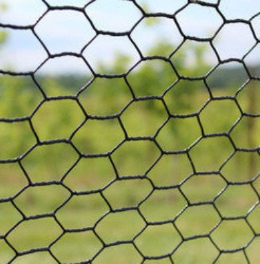 7.5' x 100' Steel Hex Web Blk PVC Coated Dog Fence