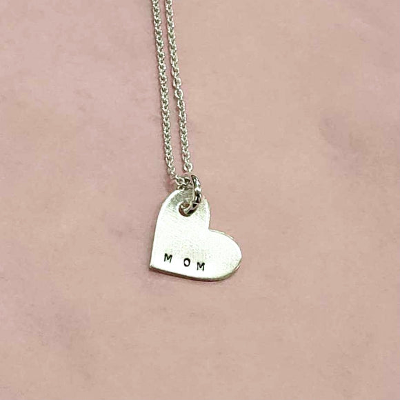 Necklace - Heart - Mom