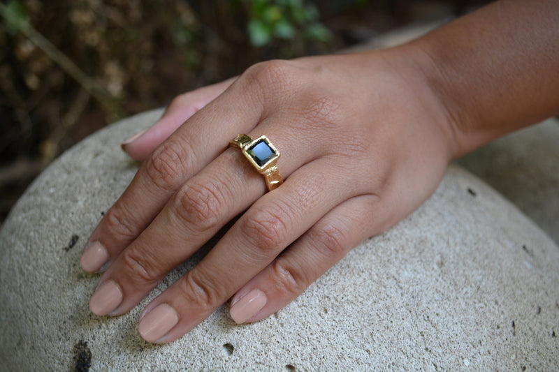 Rugged Ring// Square