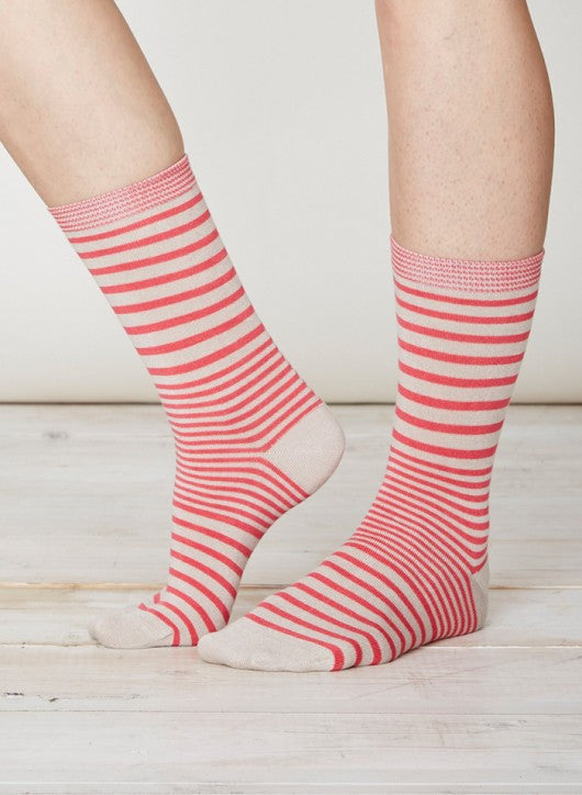 Pink striped socks in soft bamboo