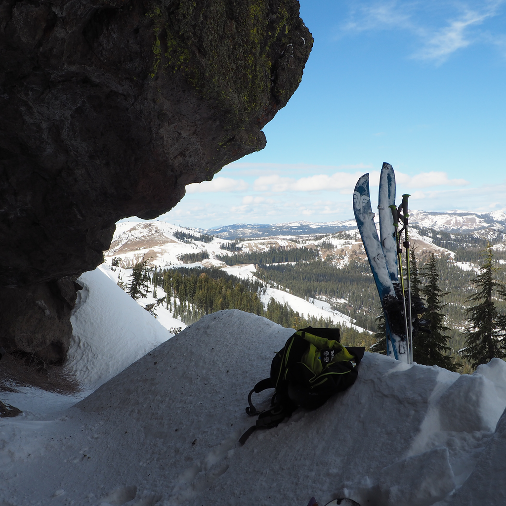 SPLITBOARDING IN THE SIERRA MOUNTAINS #ridethrive