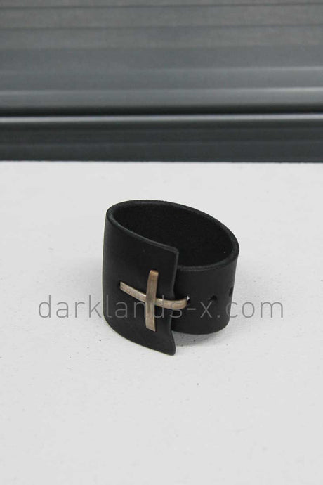 m.a+ Cross Buckle Clean Thin to Wide Wristband