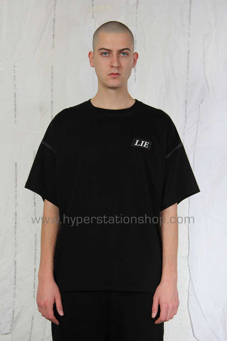 UEG 'Lie' Oversized T-Shirt, Black