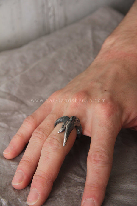 Tobias Wistisen - Claws ring
