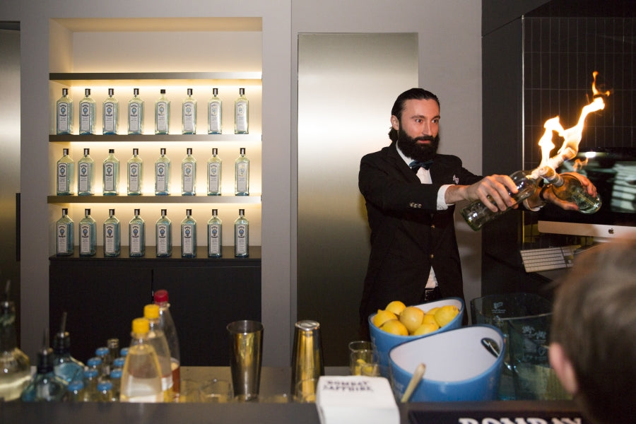 Bombay-Sapphire Show-Keeper