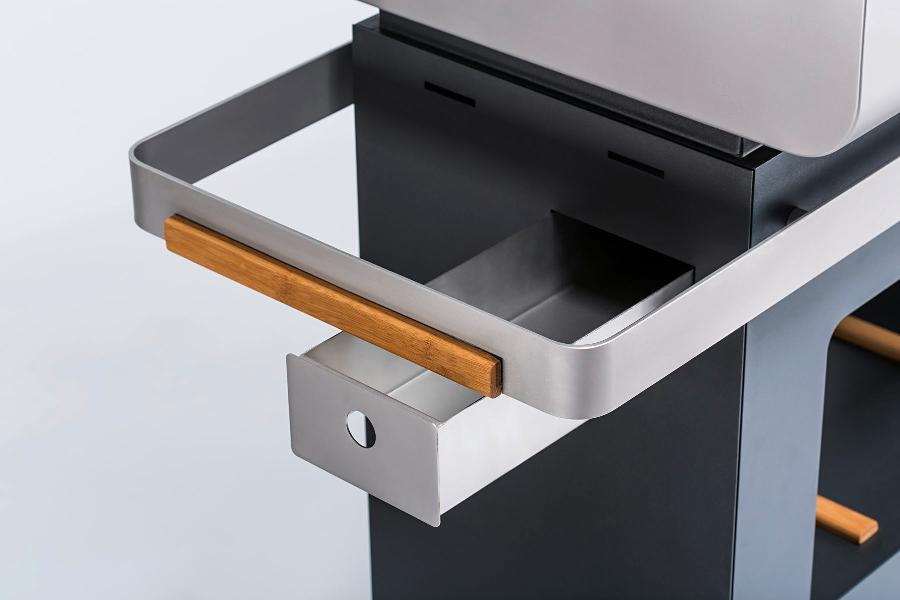 Pellet grill - self-cleaning by pyrolysis