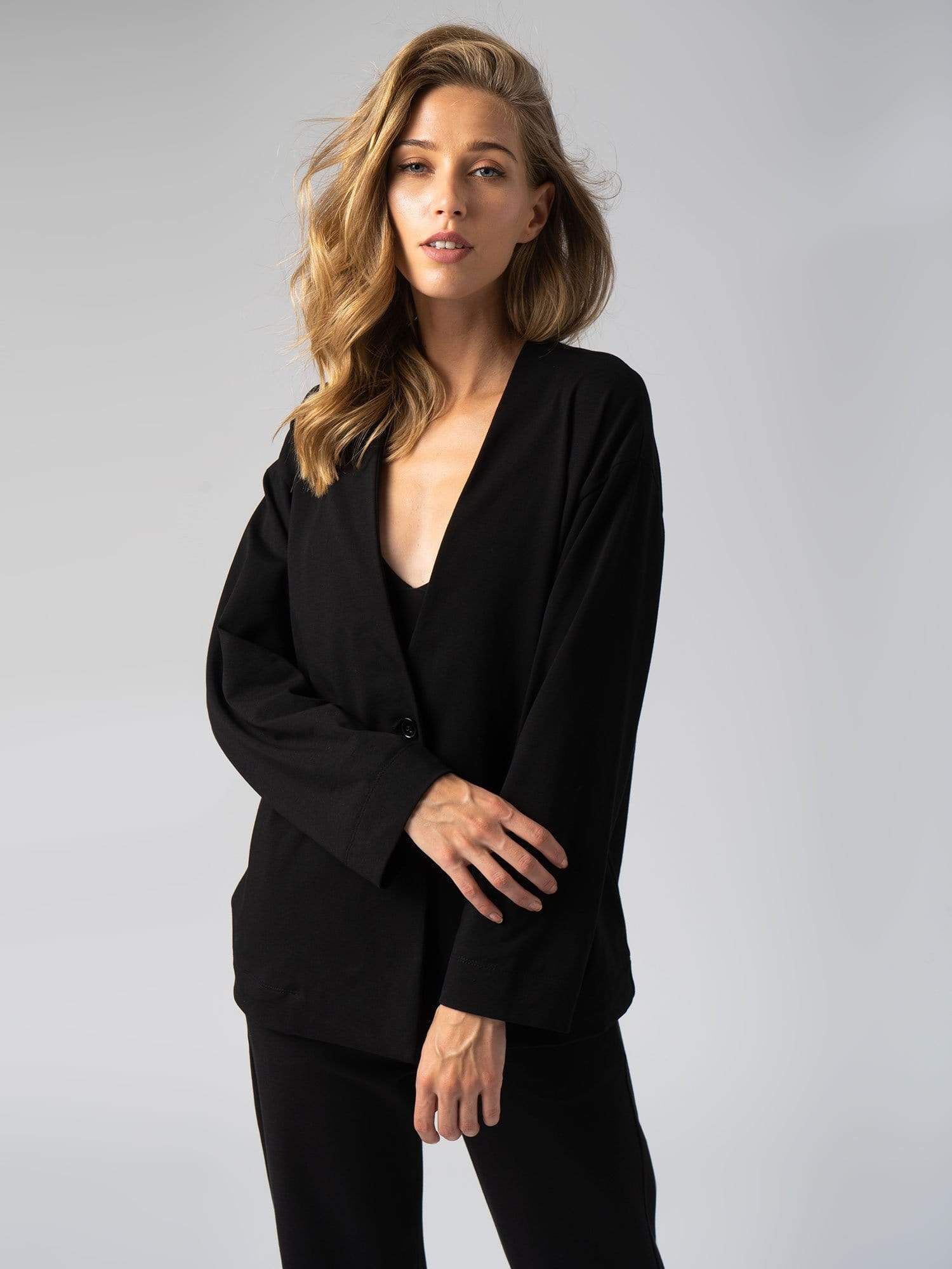 Apartment Jacket Black