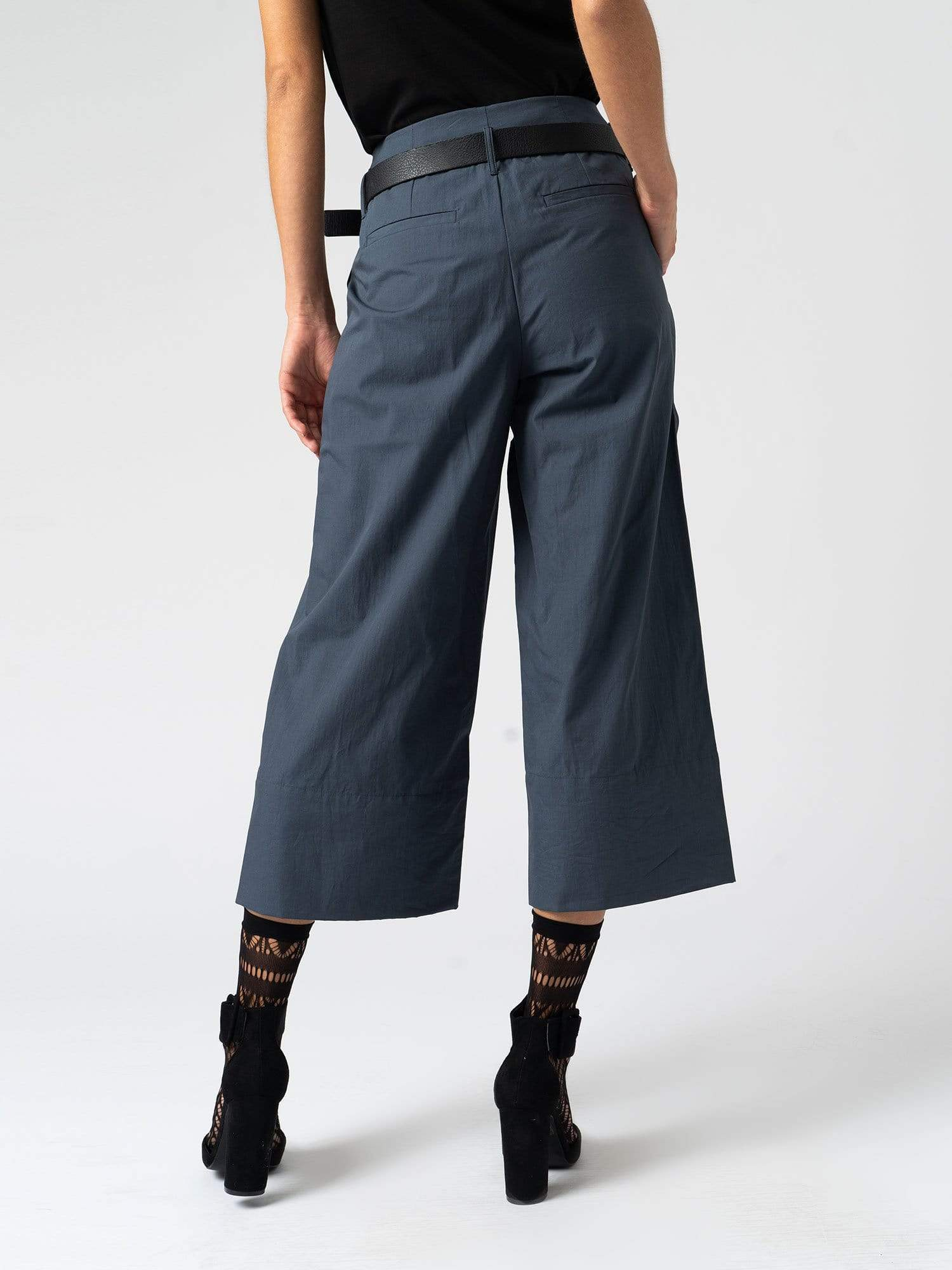 Pants The Shoreditch Culotte - Navy Zaggora UK