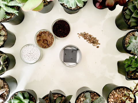 Pot, soil mix components and gravel for planting a succulent | Happy Piranha.