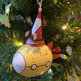 Santa in a Yellow Submarine: Hanging Christmas Decoration in a Christmas Tree  | Happy Piranha