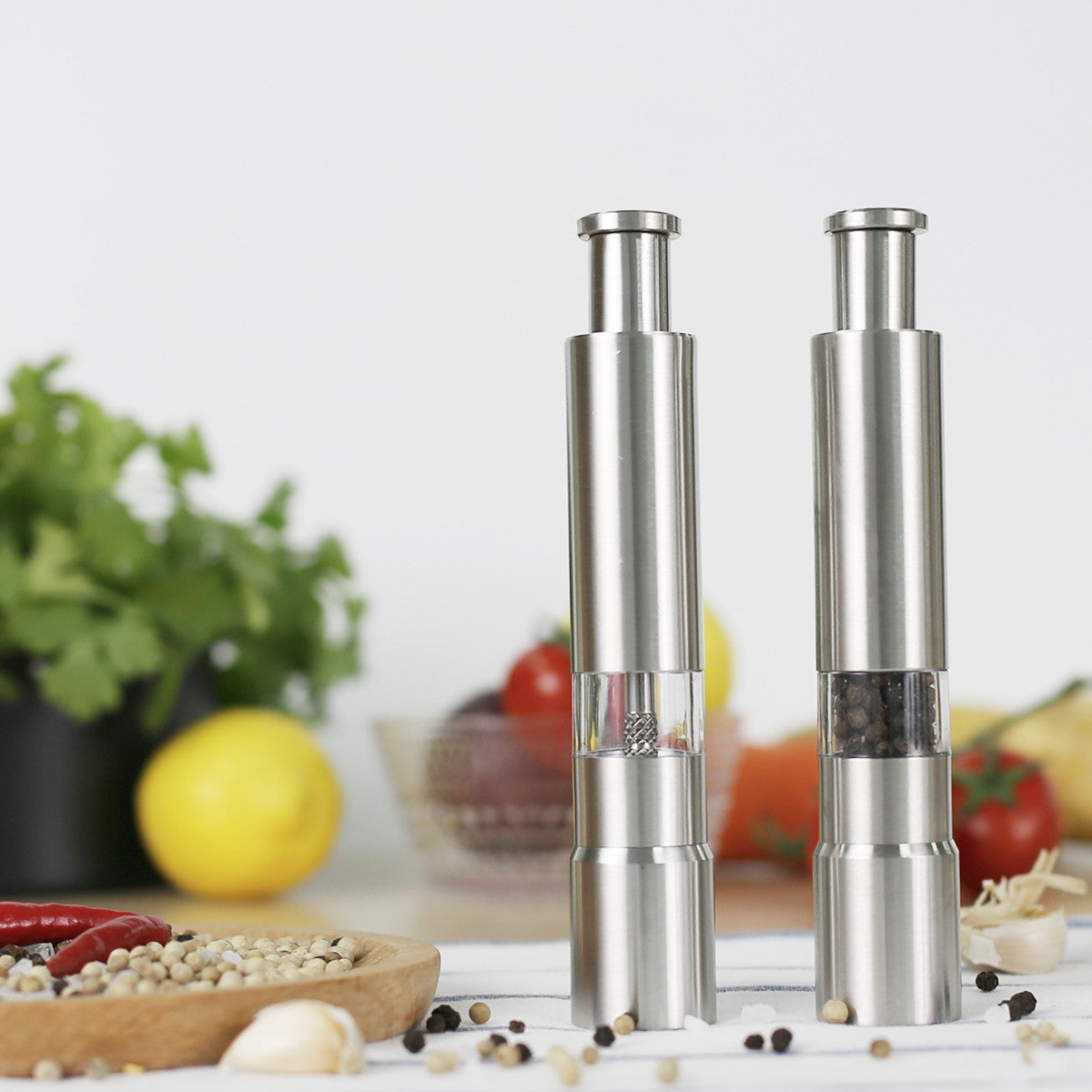 Pepper Grinder, Salt Mill, Stainless Steel Manual Press Sleek Pepper Grinder