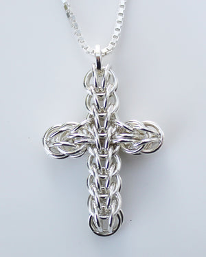Persian chainmaille cross pendant – petite