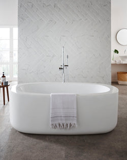 Genoa Freestanding Bath & Click Waste