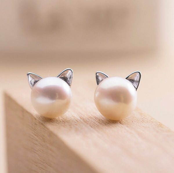 Sweet Sterling Silver Cat Pearl Earrings