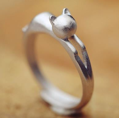 Charming Sterling Silver Cat Ring