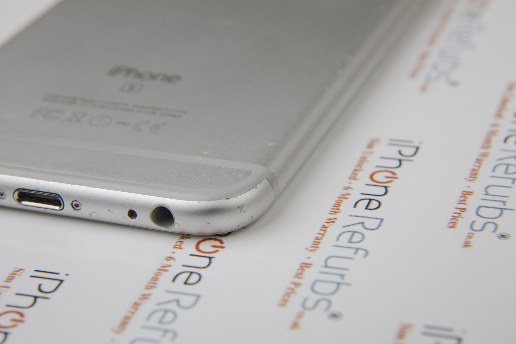 Refurbished iPhone with scratches - very good