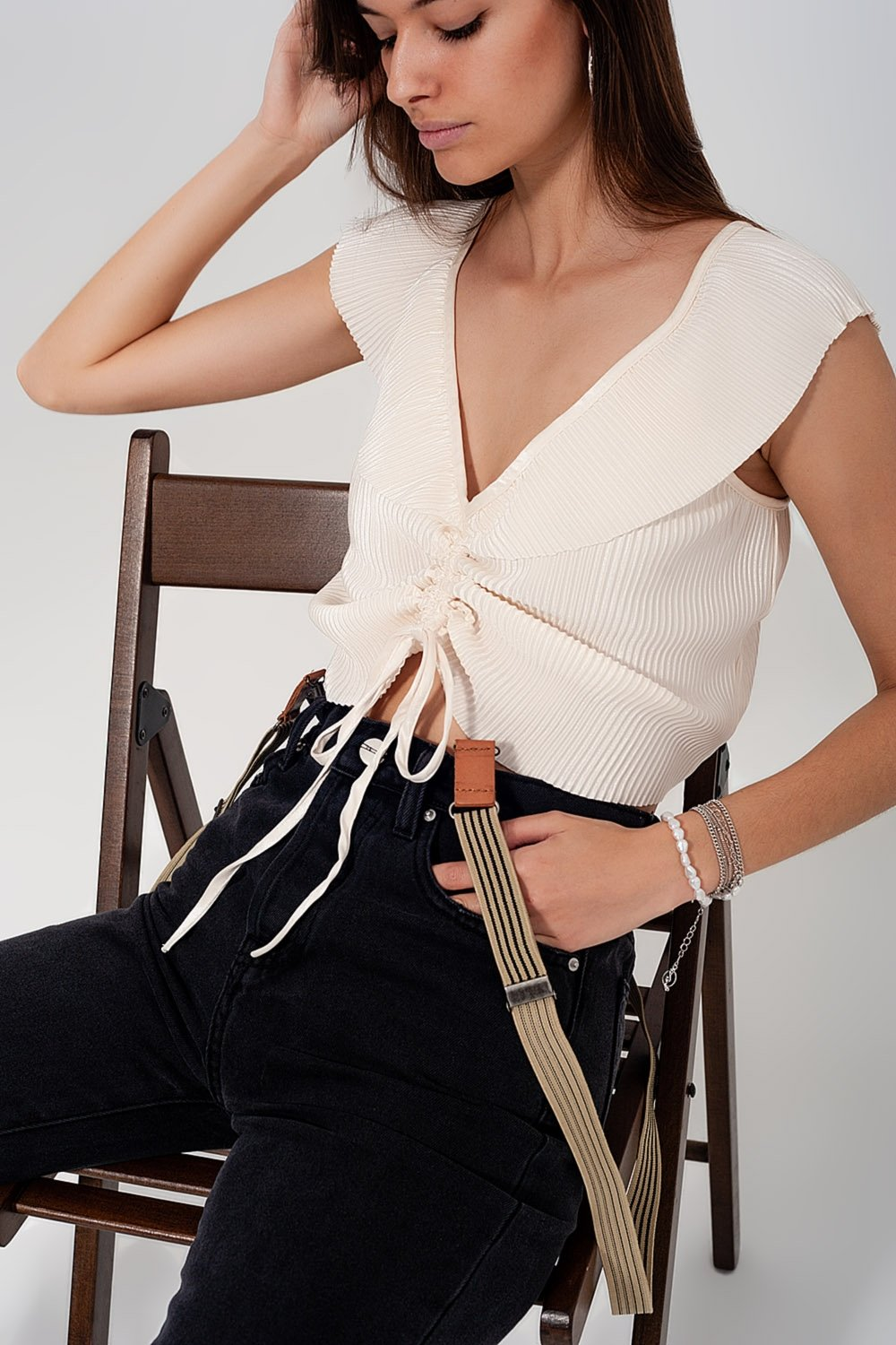 Tie Front Shirred Detail Volume Sleeve Crop Top in Cream