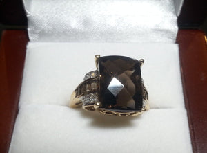 Ring 8.2 g 14K Ladies Smokey Quartz