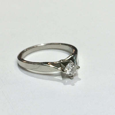 2.9g 19k White Gold 0.23ct SI2 F Engagement Ring