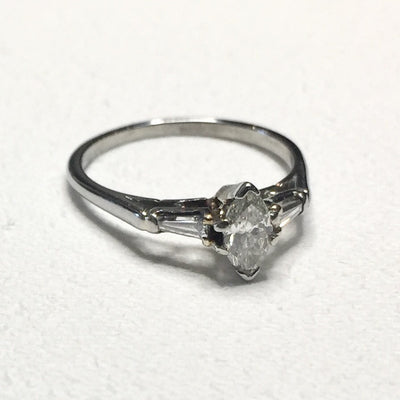 1.4g 18k White Gold 0.27ct SI2 I Marquise Diamond Ring