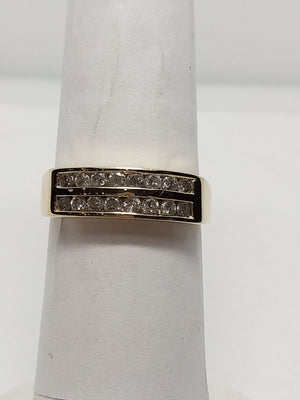 3.1g 14K yel with .54cttw I2 G-H diamond Band