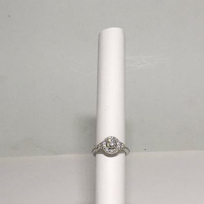 4.7g 14K white gold Halo Engagement ring with 0.46 ct I1, H center diamond and 38  melee .75cttw