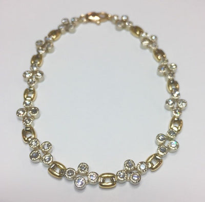 15.2g 18k Yellow and White Gold Diamond Bracelet
